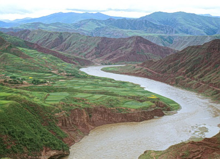 river is the second longest river in china after the yangtze river