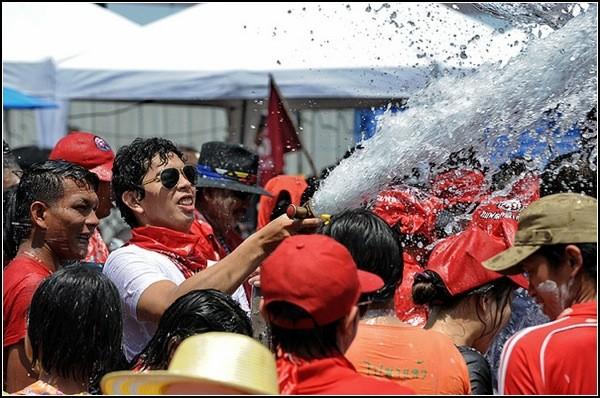 songkran_festival_thailand-4