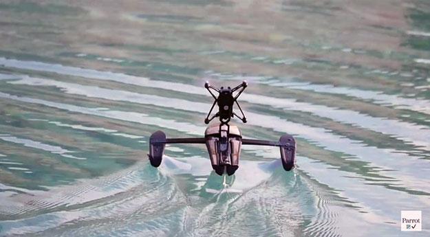 The-Parrot-Minidrone-Hydrofoil-3
