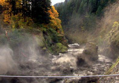 Взрыв плотины Condit Dam на реке Белого Лосося