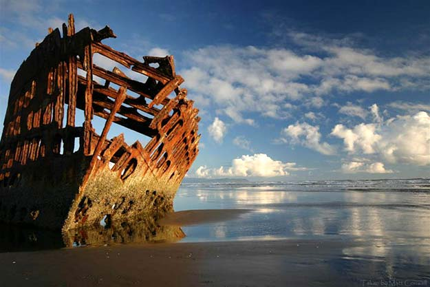 shipwreck-oregon_peter_iredale