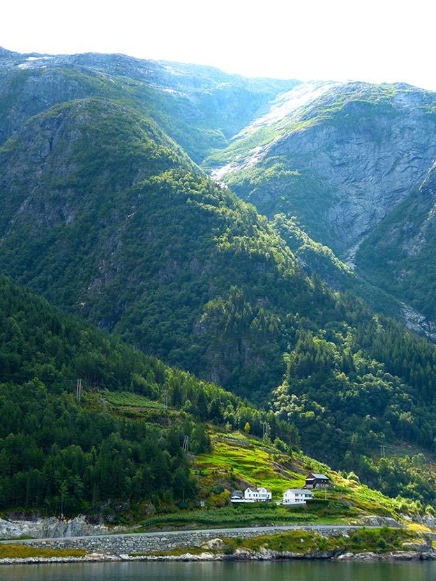 Hardangerfjorden21