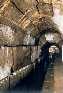 Клоака Максима или Большая Клоака в Риме