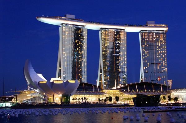 Marina Bay Sands – отель-лодка