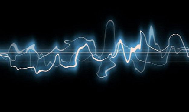 Скорость звука в воде и в воздухе.
